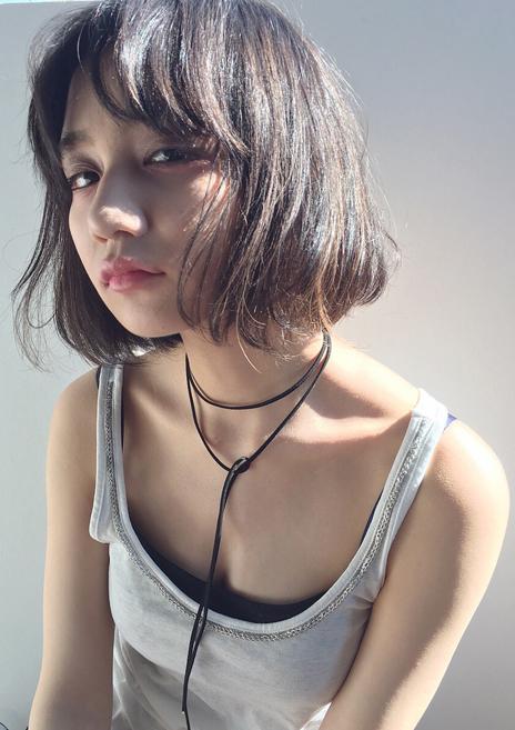 first×すっぴんヘア×黒髪ハイライト